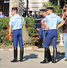 bootsservice 07 9192 (bootsservice) Tags: horse paris army cheval spurs uniform boots military cavalier uniforms rider cavalry militaire weston bottes riders arme uniforme gendarme cavaliers equitation gendarmerie cavalerie uniformes eperons garde rpublicaine ridingboots