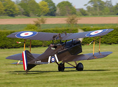SE5a (Bernie Condon) Tags: uk plane vintage flying fighter beds aircraft aviation military scout airshow planes restored preserved ww1 shuttleworth raf warplane rfc airdisplay 2016 se5a oldwarden royalaircraftfactory