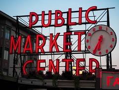 Pike Place Market early morning (dannymoffit) Tags: seattle market pikeplace