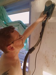 Bedroom Revamp (7) (Droitwich Dwellers) Tags: wallpaper painting bedroom decorating topless preparation sanding sander revamp