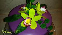 Cimbidium orchid cake (Beni 2) Tags: birthday orchid flower yellow cake purple lila gumpaste cimbidium