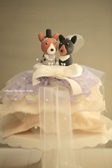 Pembroke Welsh Corgis wedding cake topper (charles fukuyama) Tags: wedding dog pet cute puppy clay  weddingceremony sculpted cakedecoration ringpillow weddingcaketopper customcaketopper handmadecaketopper kikuike