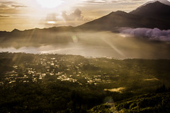 Bali sunrise (Danny Bastiaanse) Tags: light bali sun mountain lake nature weather sunrise landscape village vulcano batur
