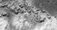 ESP_013809_1915 (UAHiRISE) Tags: mars landscape science nasa geology jpl universityofarizona mro