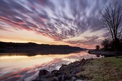 Lever du jour sur la riviere Saguenay le 19-05-2016 (gaudreaultnormand) Tags: longexposure canada sunrise river quebec fjord saguenay leverdesoleil leefilter riviere