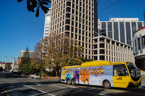 city newzealand urban bus buses yellow electric busse transport transit nz wellington publictransport streetscenes omnibus trolleybus obus trolleybuses citytransport trackless nzbus gowellington