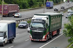 Eddie Stobart 'Julia Dani' (stavioni) Tags: truck volvo julia dani lorry eddie trailer fh esl fgv stobart kx16 fh4 h4570