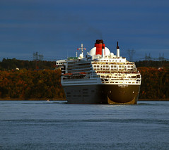 Queen Mary 2 (Nicober!!!) Tags: canada river ship quebec queen stlawrence cruiseship stlaurent cunard fleuve navire mary2 croisieres passengerships paquebots