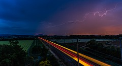 Le TGV sous l'orage (zdudamt) Tags: rails orage tgv clairs