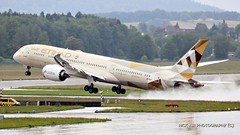 A6-BLD Etihad Airways Boeing 787-9 Dreamliner (Nick Air Photography) Tags: travel airport off take img8168 zrhlszh canoneos760d nickairphotography a6bldetihadairwaysboeing7879dreamliner