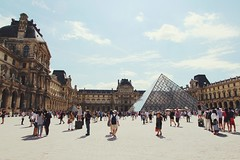(Stephanie DiCarlo) Tags: travel paris france europe louvre sunny thelouvre