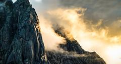Storpillaren at Lofoten islands (Kuutti Heikkil) Tags: sun mountain mountains norway set climbing lofoten norja lofootit storpillaren