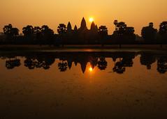 Angkor Wat Sunrise from the South Reflecting Pool (Rob Kroenert) Tags: new morning sun reflection sunrise temple dawn haze ancient asia cambodia khmer year angkorwat siem reap southeast hazy angkor wat 2016