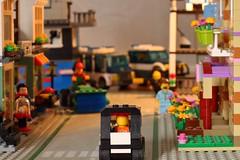 Tidigt en morgon, p en vg ngonstans i Legotown. (m.rsjoberg) Tags: dof roligt fun brick road town lego fs160515 vg vag fotosondag fotosndag