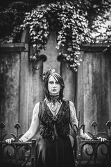 Shooting - Abysse 012 (Thomas Mathues) Tags: portrait cemetery graveyard dark model photoshoot mourning belgium belgique tomb gothic goth shooting widow gothique tombe cimetire modle hainaut