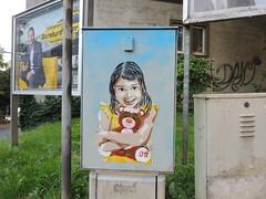 Hug in Austria (D11 Urbano) Tags: boy art girl poster austria stencil arte venezuela nios caracas urbano venezolano arteurbano d11 streetartvenezuela artvenezuela d11streetart arteurbanovenezuela d11art d11urbano