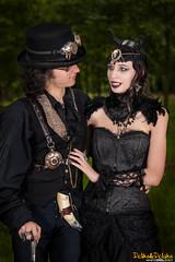 IMG_2540 (Dclicks & Dclacks) Tags: canon 40d tokinaatx1116mm piqueniquenetgoth costumes france fte frankreich festival ultragrandangle ultrawideangle