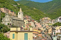 2016-07-04 at 17-41-13 (andreyshagin) Tags: riomaggiore italy architecture andrey shagin summer trip travel town tradition terre city cinque beautiful building d750 daylight nikon