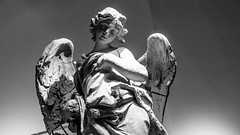 Angels in the Vatican Museum (pellizari76) Tags: roma canon blackwhite europa treppe angels engel rom vaticanmuseum vatikan schwarzweis vatikanischesmuseum eos100d