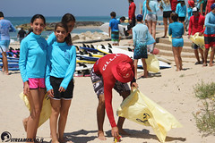 IMG_8734 (Streamer -  ) Tags: ocean sea people green beach nature students ecology up israel movement garbage sunday north group young cleanup clean teen shore bags  nonprofit streamer  initiative enviornment    ashkelon          ashqelon   volonteers      hofit