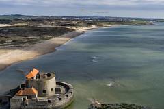 Fort d'Ambleteuse France from Above (Wind Watcher) Tags: blue light kite fort ds levitation delta kap windwatcher dambleteuse