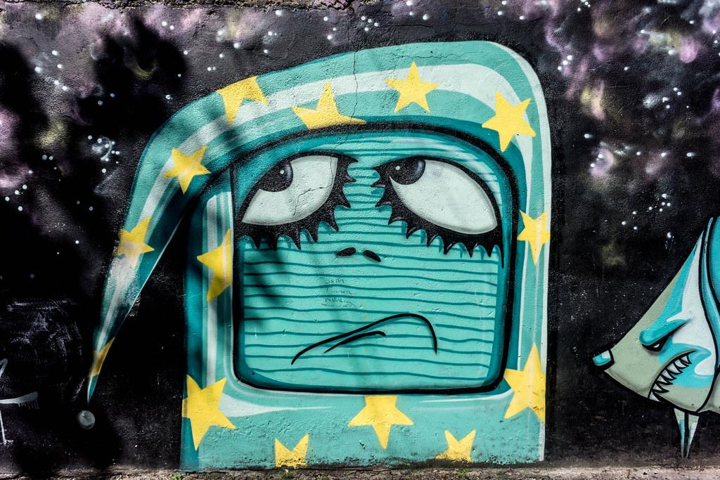 STREET ART IN DUBLIN - CABRA PARK URBAN GALLERY [A REALLY UGLY LANE]-104070