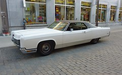 auto california new old usa white classic ford hardtop... (Photo: 1970_Lincoln_Continental on Flickr)