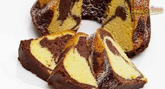La ciambella marmorizzata (ilpiattodoro) Tags: colazione ciambella cacao ciambellone marmorizzato giornoenotte cacaoamaro ricettadolci