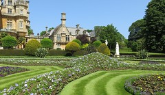 Waddesdon Manor (Peter Curbishley) Tags: gardens garden jardin manor aylesbury waddesdonmanor rothschild