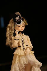 IMG_8312 (Emma Wolf) Tags: doll bjd customblythe obitsucustom classydoll dimdolllarina mystickids zinnadollmore