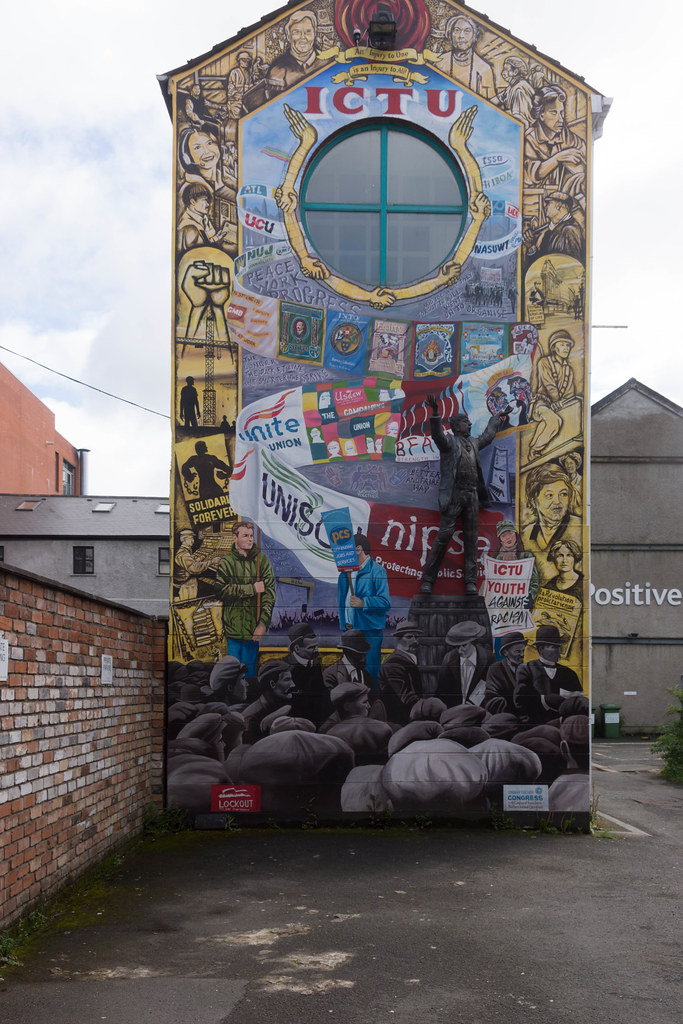 Street Art In Belfast [May 2015] REF-104669