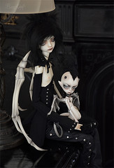 Demonic friends (Bazikotek Isia) Tags: boy black dark wings doll hugh gothic goth andre demon devil bjd dollfie balljointeddoll blackmagic dollchateau bazikotek
