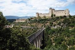 Spoleto - Ponte delle Torri + borgen Rocca (thomas_wikstrom) Tags: spoleto italy italia ponte delle torri rocca
