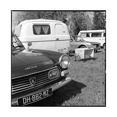 retro campers  vignoles, burgundy  2016 (lem's) Tags: retro capeurs campers camp camping trailer peugeot 404 vintage automobile classic car vigoles burgundy bourgogne hasselblad 500cm