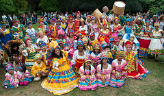 Maracatudo Mafua & Gandaia Arts (McTumshie) Tags: hornimanbrazil 20160904 gandaiaarts hornimancarnival hornimanmuseum london maracatudomafua carnival costumes dance dancing england unitedkingdom londonist