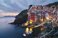 Riomaggiore (alex notag) Tags: riomaggiore 5 terre cinque italie italia ligurie seascape