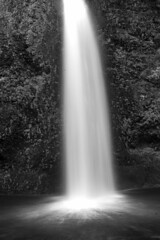 Waterfall, Oregon, Route 30 (adamnsinger) Tags: road leica trip 30 oregon waterfall route f16 noctilux monchrome 2015