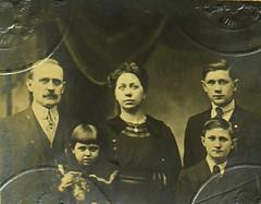 32296_520307095_0217-00463 (mákvirág) Tags: 1920s serbia croatia macedonia slovenia kosovo 1910s immigration yugoslavia montenegro ellisisland emigration passportphotos bosniaandherzegovina