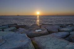 Sunset on the Marmara Sea (farcivilian) Tags: sunset sea sky turkey landscape rocks asia moda istanbul kadikoy marmarasea