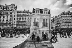 Maison Fond (rayordanov) Tags: bw paris monochrome ruededunkerque themeltinghouse maisonfond