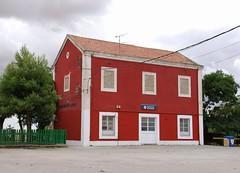 Santa Cruz de la Zarza 12.07.2008 (The STB) Tags: station bahnhof estacin ferrocarril santacruzdelazarza lneaferroviaria madridcuencavalencia aranjuezcuenca lnea310 aranuezcuencavalencia adiflnea310