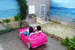 My First LaurenLand Story Part 2, 5 of 12 (suekulec) Tags: house holiday beach coast story 16 diorama playscale