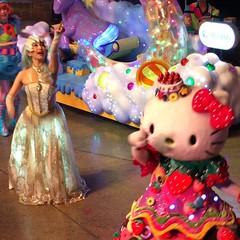#キティちゃん と #小林幸子 #サンリオピューロランド #ミラクルギフトパレード   小林幸子は嘘ですよ これからぐでたま・ザ・ムービーショー見ます。