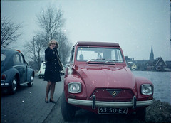1967 Citroen Dyane (Steenvoorde Leen - 13.8 ml views) Tags: amstelveen citroen dyane 1970 1967citroendyane girl frenchcar franzosicheauto autofrancese cochefrances carrofrances