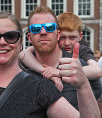 Thumbs Up: Marriage Referendum: In The Upper Yard, Dublin Castle (Skyroad) Tags: