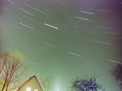 living in space (Señor Timm) Tags: winter house me night analog lights pentax super 20mm startrail smca