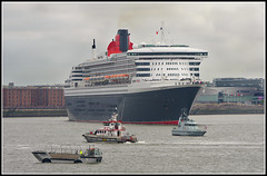 Queen Mary 2 (stephen dutch BDPS) Tags: liverpool queenmary2 cunard threequeens rivermersey
