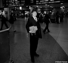 Dr. Takeshi Yamada and Seara (Coney Island Sea Rabbit) at the New York Penn Station in Manhattan, NY on May 13, 2015.  20150513 144=C2BW (searabbits23) Tags: ny newyork sexy celebrity rabbit art hat fashion animal brooklyn asian coneyisland japanese star tv google king artist dragon god manhattan famous gothic goth uma ufo pop taxidermy vogue cnn tuxedo bikini tophat unitednations playboy entertainer oddities genius mermaid amc mardigras salvadordali performer unicorn billclinton seamonster billgates aol vangogh curiosities sideshow jeffkoons pennstation globalwarming mart magician takashimurakami pablopicasso steampunk damienhirst cryptozoology freakshow seara immortalized takeshiyamada roguetaxidermy searabbit barrackobama ladygaga climategate  20150512 manwithrabbit
