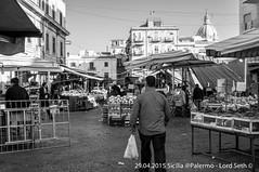 Palermo (Lord Seth) Tags: bw italy nikon candid streetphotography palermo mercato sicilia franco biancoenero ciccio ballarò 2015 panelle milza d5000 banacarelle lordseth