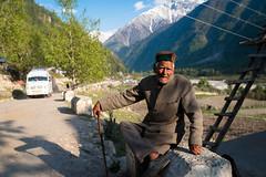 Afternoon Leisure (Maulindu Chatterjee) Tags: life old travel portrait people india man village candid environment himachal sangla kinnaur chitkul rakchham